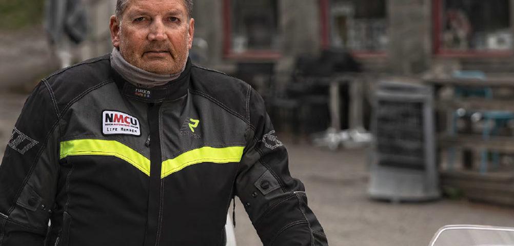 Geir Strand lever et aktiv liv til tross for hørselstap