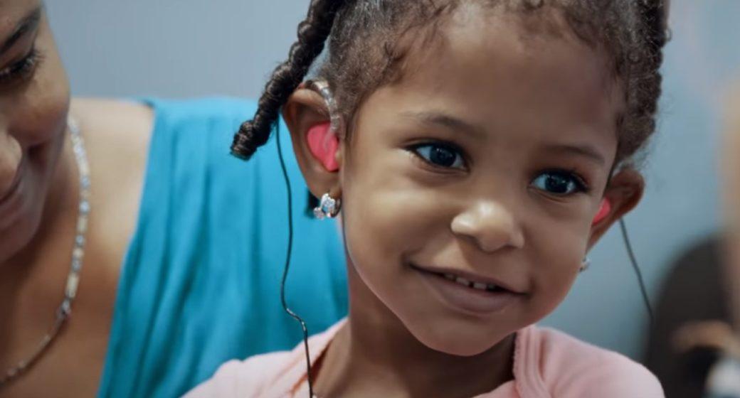 Venus fikk høreapparater etter to år i stillhet