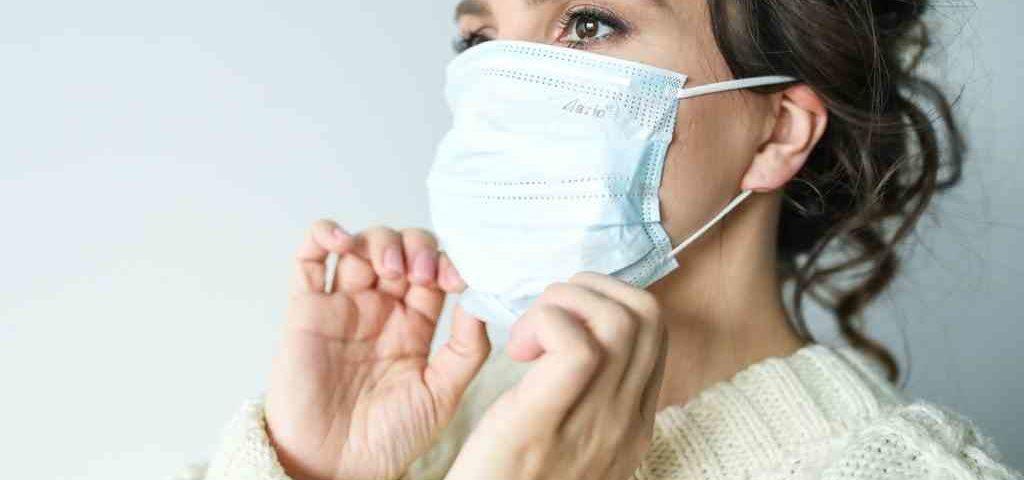 Hørselshemmet og bruk av munnbind