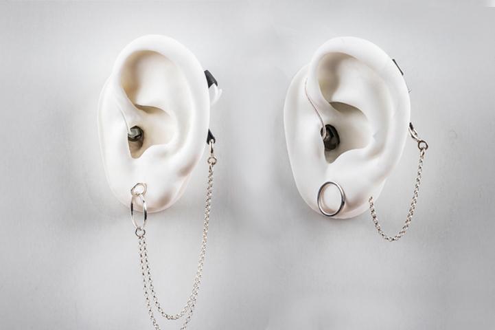 Smykker for høreapparater