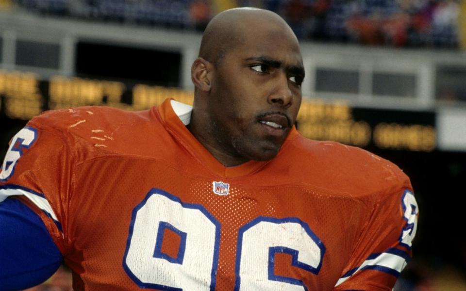 Deaf NFL players, Kenny Walker