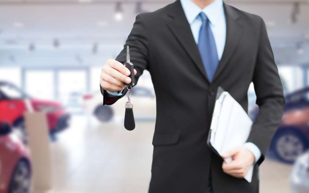 bigstock-auto-business-car-sale-gestu-80912585