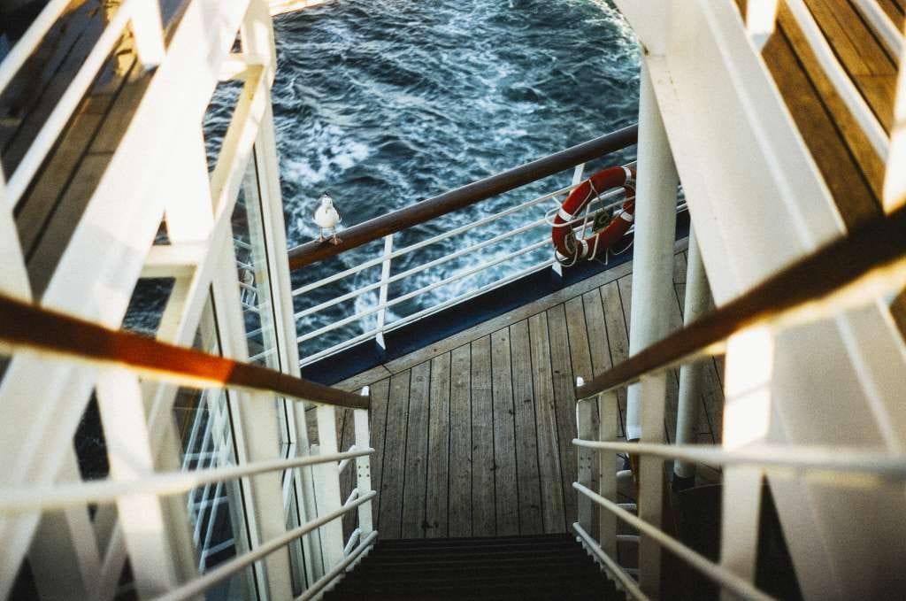 stairs-sea-ocean-boat (1)