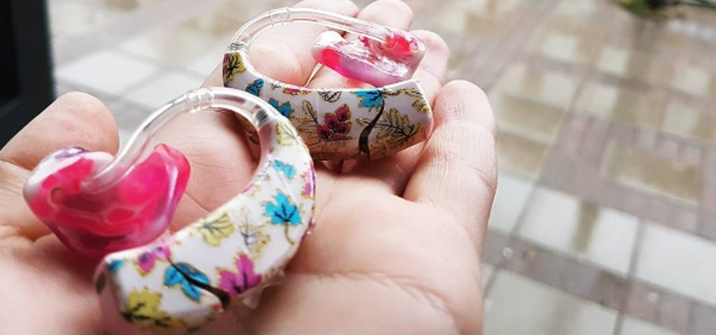 decorating hearing aids