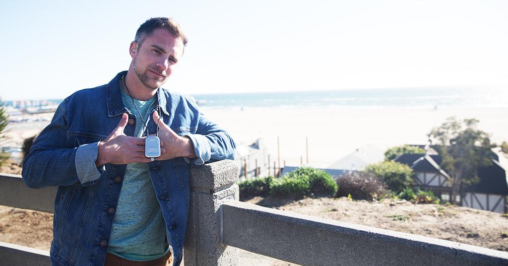 deaf comedian DJ Demers with Phonak compilot