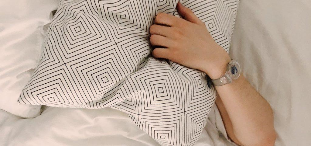 sleep with hearing aids on