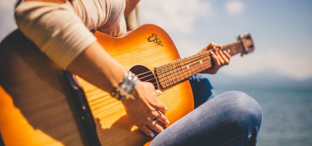 learning guitar with a hearing loss